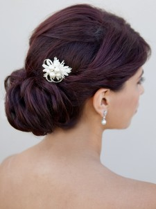 broach_style_bridal_hair_comb__07741.1387423265.1280.1280